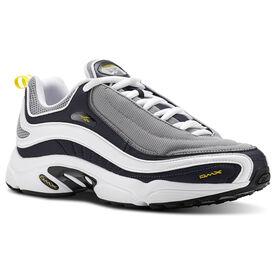 7847ea68badf5 Reebok Classics x Walk of Shame Shorts - White